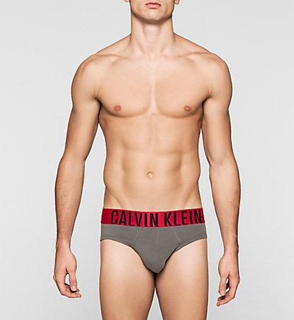 CALVIN KLEIN Hip Briefs - Power Red 0000U8311A5GS