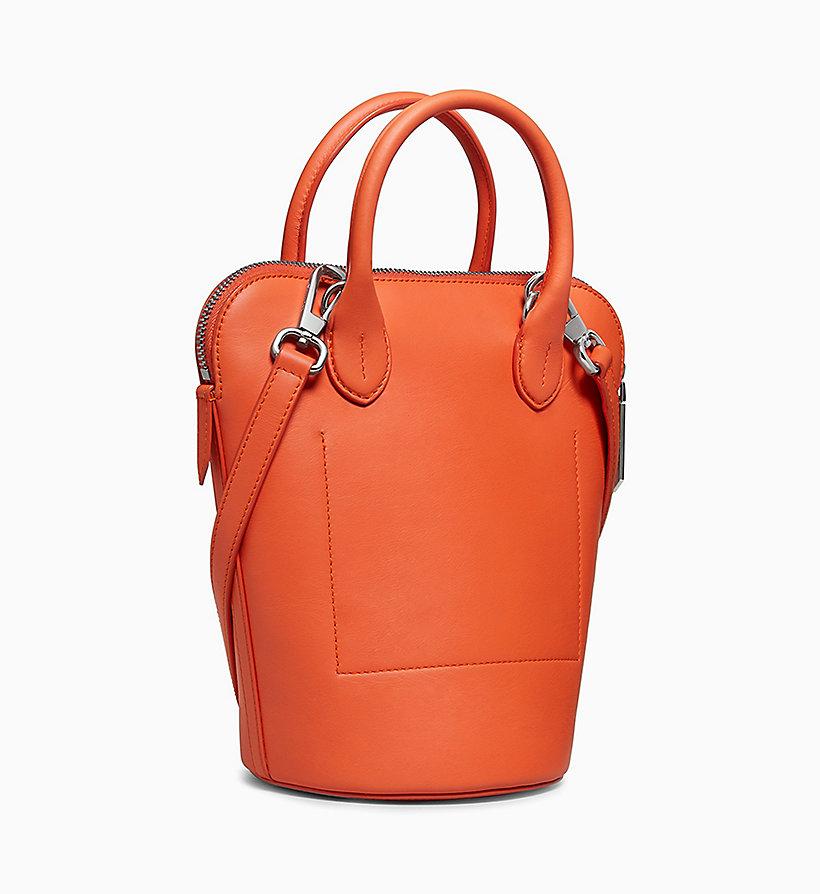 Calvin Klein - Kleine Bucket-Bag aus Nappaleder - 2