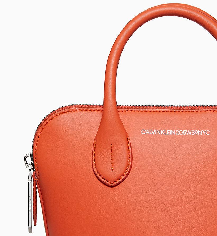 Calvin Klein - Kleine Bucket-Bag aus Nappaleder - 3