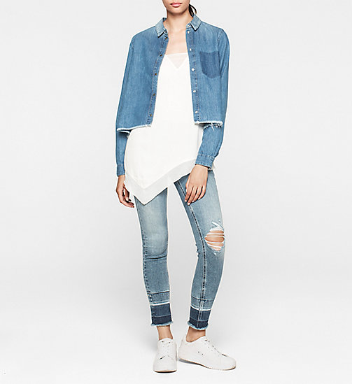 CKCOLLECTION Cropped Denim Boyfriend Shirt - SPLATTERED BLUE - CK JEANS  - detail image 1