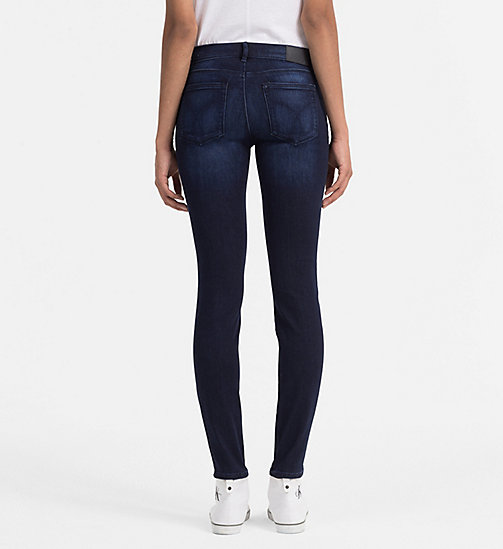 CALVIN KLEIN JEANS Mid Rise Skinny Jeans - WONDER DARK - CALVIN KLEIN JEANS SKINNY JEANS - detail image 1