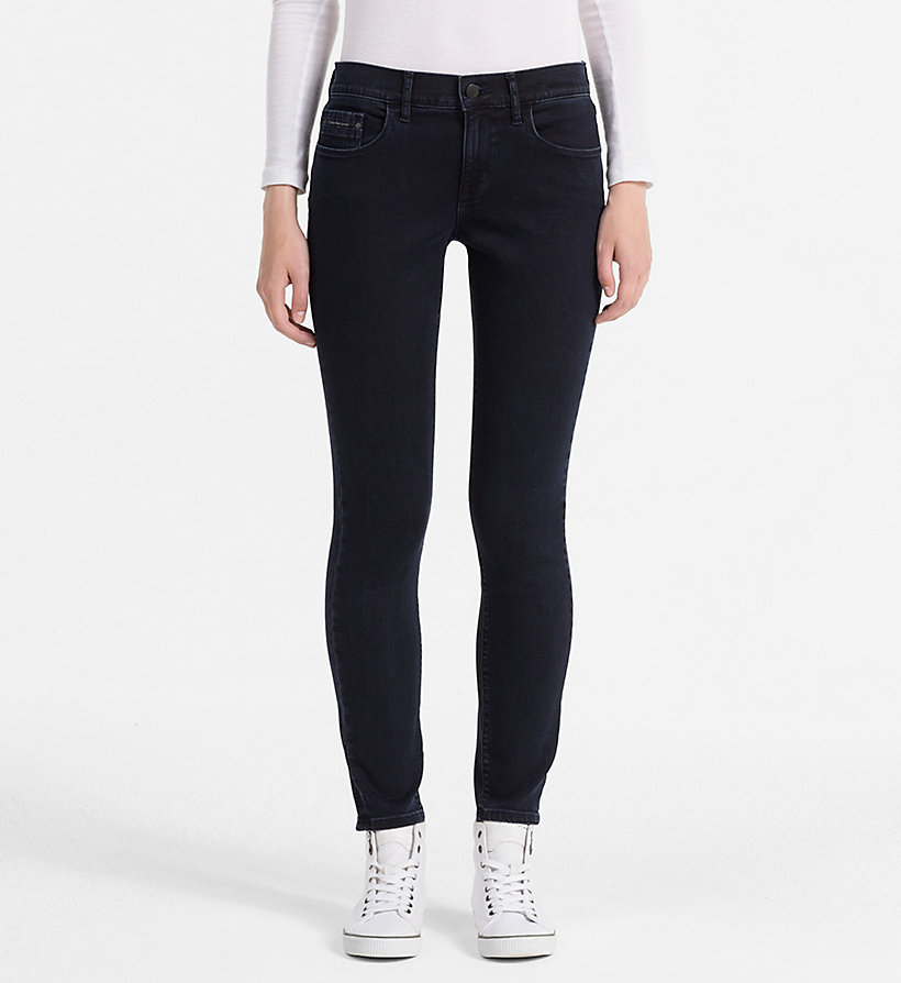 CALVIN KLEIN JEANS Mid-Rise Skinny-Jeans - WONDER RINSE - CALVIN KLEIN JEANS KLEIDUNG - main image