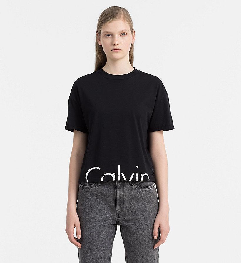 cropped logo t shirt calvin klein j20j206170099. Black Bedroom Furniture Sets. Home Design Ideas