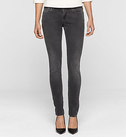 CALVIN KLEIN JEANS Mid-Rise Skinny-Jeans J2EJ201961861