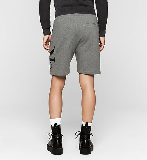 Short molleton avec logo - MID GREY HEATHER - CK JEANS SHORTS - image détaillée 1