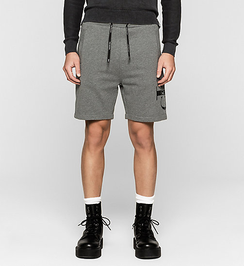 Short molleton avec logo - MID GREY HEATHER - CK JEANS SHORTS - image principale