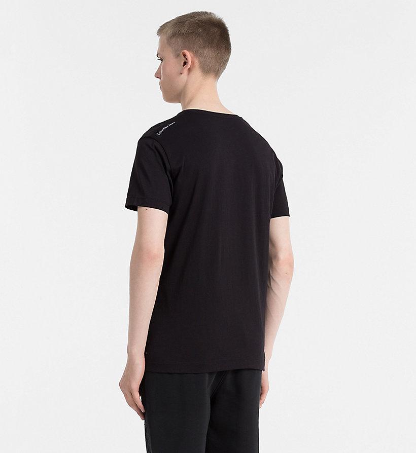 regular logo t shirt calvin klein j30j305985. Black Bedroom Furniture Sets. Home Design Ideas