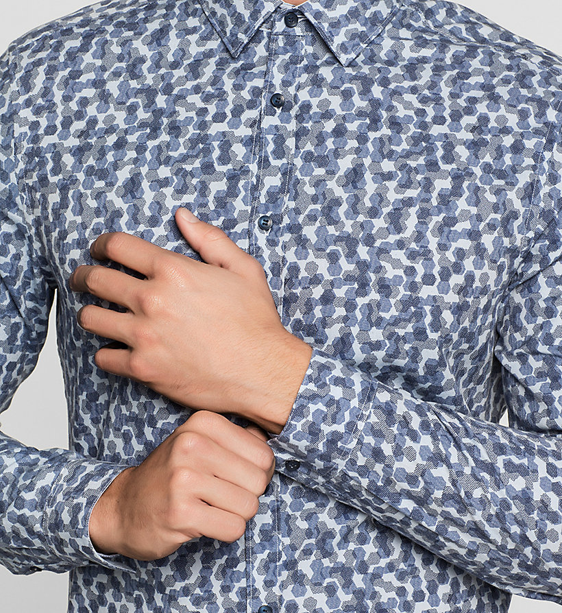 CALVINKLEIN Fitted Cellular Print Shirt - INK BLUE - CALVIN KLEIN SHIRTS - detail image 2