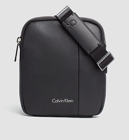 CALVIN KLEIN Flache Mini-Crossover-Bag K50K502344001
