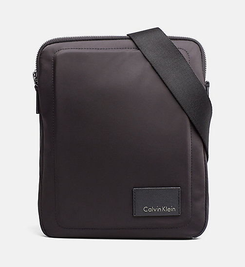CALVINKLEIN Nylon platte crossover - BLACK - CALVIN KLEIN CARRIED AWAY - main image