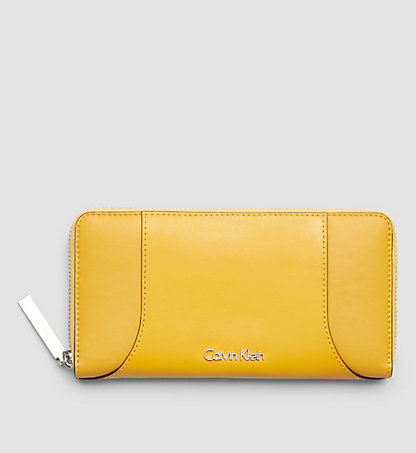 CALVIN KLEIN Leather Ziparound Wallet - Carolyn K60K602086704