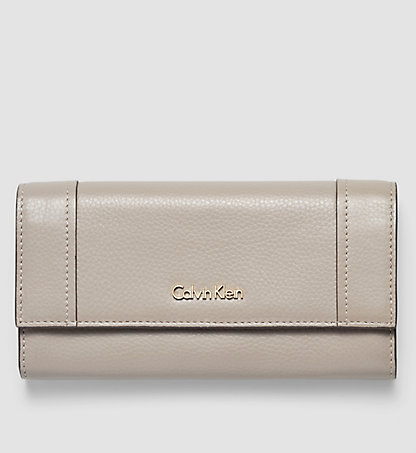 CALVIN KLEIN Leather Trifold Wallet - Keyla K60K602127094