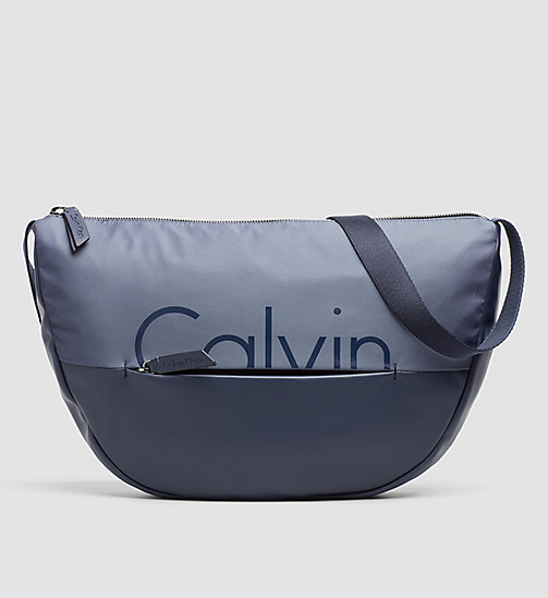Halbmond Crossover-Bag - OMBRE BLUE/BLUE NIGHT - CALVIN KLEIN  - main image