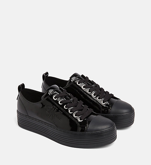 CALVIN KLEIN JEANS Sneakers aus Lack-Kunstleder - BLACK - CALVIN KLEIN JEANS The New Off-Duty - main image 1