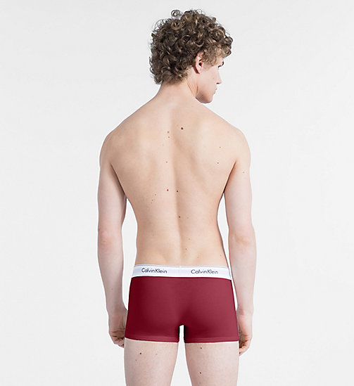 CALVINKLEIN 2 Pack Trunks - Modern Cotton - HAGUE BLUE/BIKING RED - CALVIN KLEIN ALL GIFTS - detail image 1