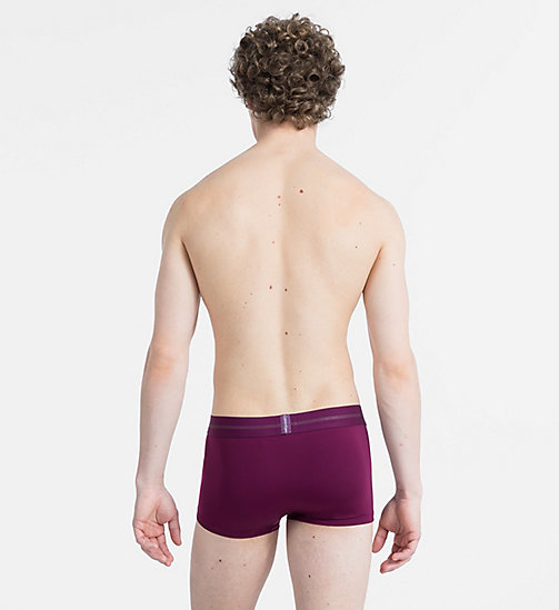 CALVINKLEIN Low Rise Trunks - Focused Fit - BRIGHT PLUM - CALVIN KLEIN NEW FOR MEN - detail image 1