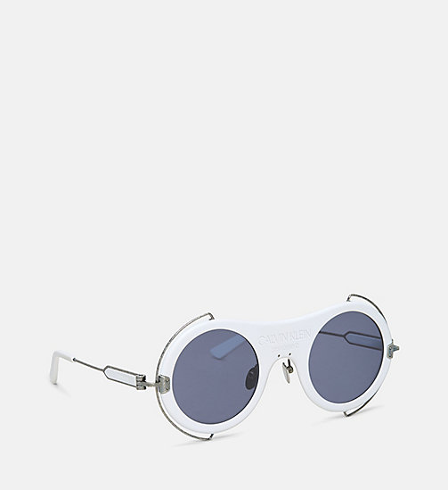 CALVIN KLEIN COLLECTION Round Metal Trim 205W39NYC Logo Sunglasses - MATTE WHITE - CALVIN KLEIN COLLECTION EYEWEAR - detail image 1