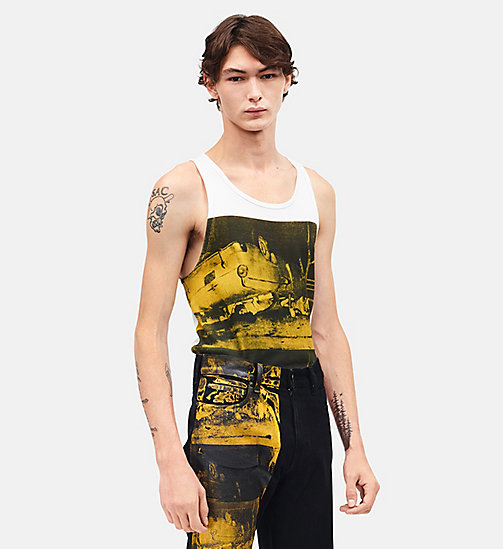 CALVINKLEIN Car crash mouwloze tanktop - OPTIC WHITE GOLDENROD - CALVIN KLEIN KLEDING - main image