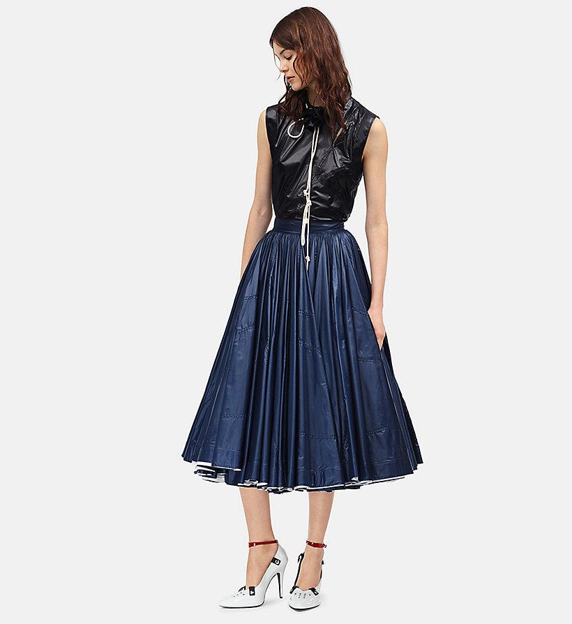 Falda estilo tienda de alta costura Calvin Klein® | CO82WWSA81