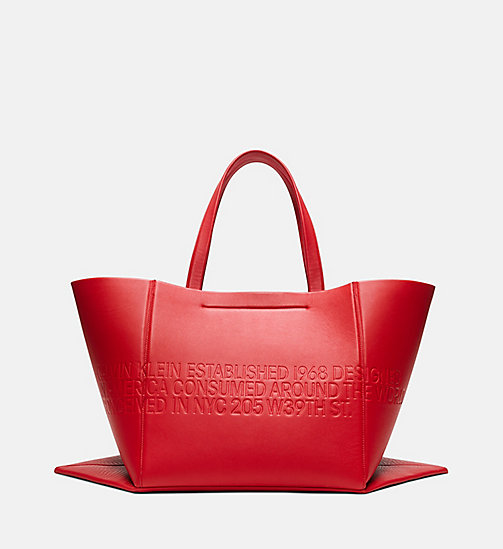 205W39NYC Embossed Quilted Tote in Nappa Leather - BRIGHT RED - 205W39NYC SHOES & ACCESSORIES - detail image 1
