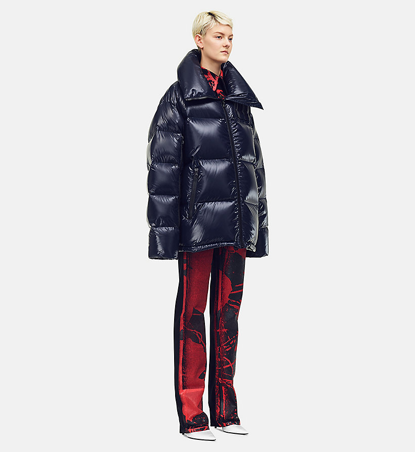 205W39NYC Steppjacke aus Nylon im Oversize-Design - ORANGE RED - 205W39NYC DAMEN - main image 2
