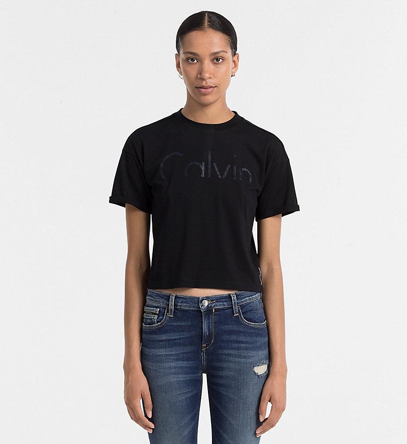 cropped logo t shirt calvin klein j20j205492. Black Bedroom Furniture Sets. Home Design Ideas