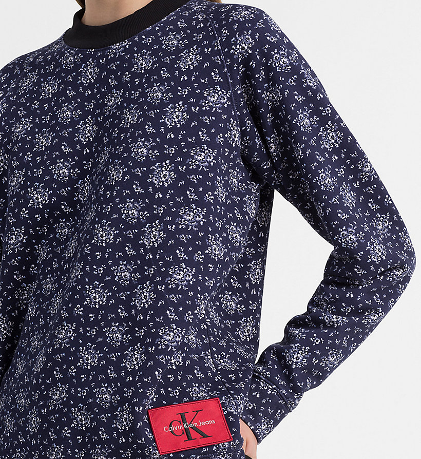 CALVIN KLEIN JEANS Floral Printed Sweatshirt - AOP FLOWER/ CHAMBRAY BLUE COMBO - CALVIN KLEIN JEANS UNDERWEAR - detail image 2