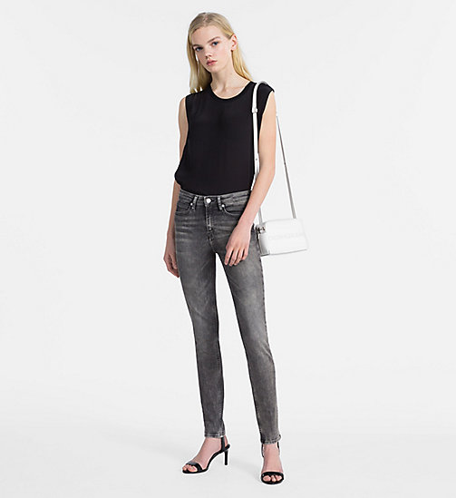CALVIN KLEIN JEANS CKJ 011 Mid Rise Skinny Jeans - YUBA GREY - CALVIN KLEIN JEANS THE DENIM INDEX - dettaglio immagine 1