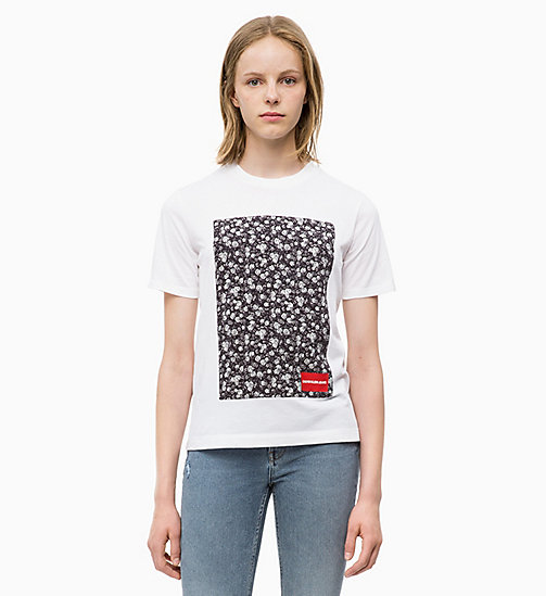 CALVIN KLEIN JEANS Relaxed Floral Appliqué T-shirt - BRIGHT WHITE - CALVIN KLEIN JEANS FALL DREAMS - main image