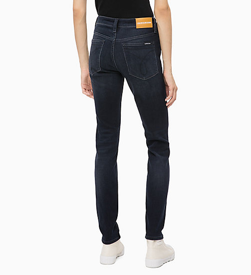 CALVIN KLEIN JEANS CKJ 011 Mid Rise Skinny Jeans - CORELLA BLUE BLACK (BRUSHED) - CALVIN KLEIN JEANS ДЖИНСЫ SKINNY - подробное изображение 1