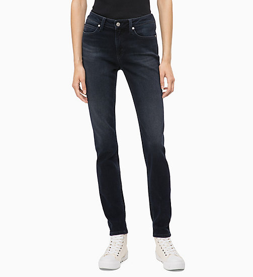 CALVIN KLEIN JEANS CKJ 011 Mid Rise Skinny Jeans - CORELLA BLUE BLACK (BRUSHED) - CALVIN KLEIN JEANS ДЖИНСЫ SKINNY - главное изображение