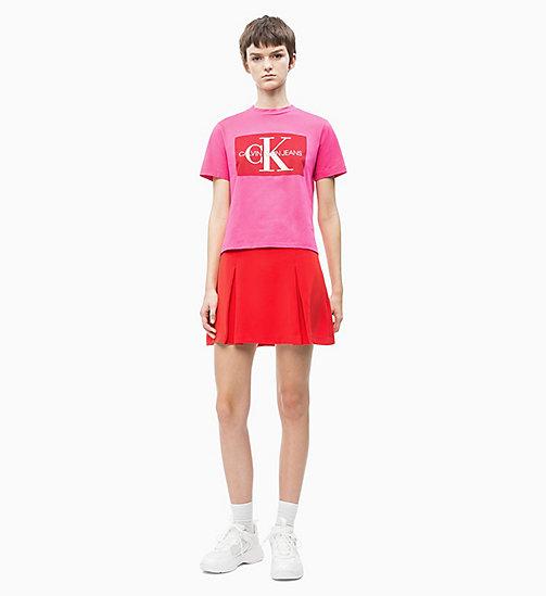 f989ab1e406719 £45.00Straight Logo T-shirt