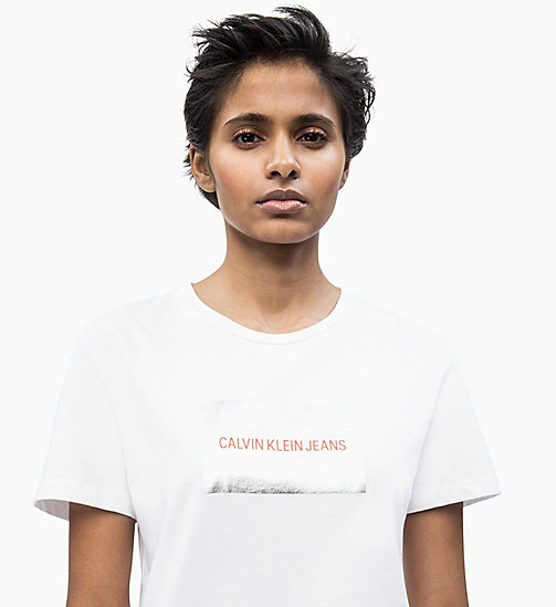 CALVIN KLEIN JEANS T-Shirt mit Metallic-Logo - BRIGHT WHITE - CALVIN KLEIN JEANS NEW IN - main image
