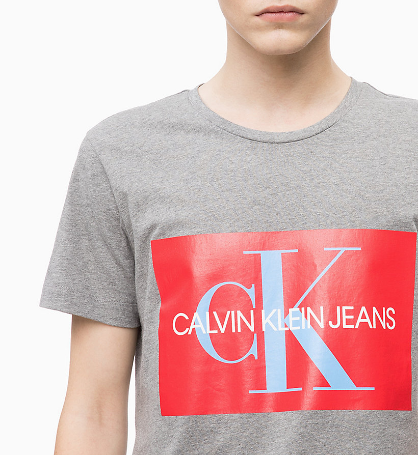 CALVIN KLEIN JEANS Slim Logo T-shirt - BRIGHT WHITE / RED - CALVIN KLEIN JEANS MEN - detail image 2