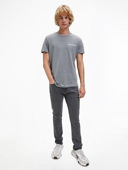 CALVIN KLEIN JEANS Slim Fit T-Shirt aus Bio-Baumwolle - GREY HEATHER - CALVIN KLEIN JEANS HEAT WAVE - main image 1