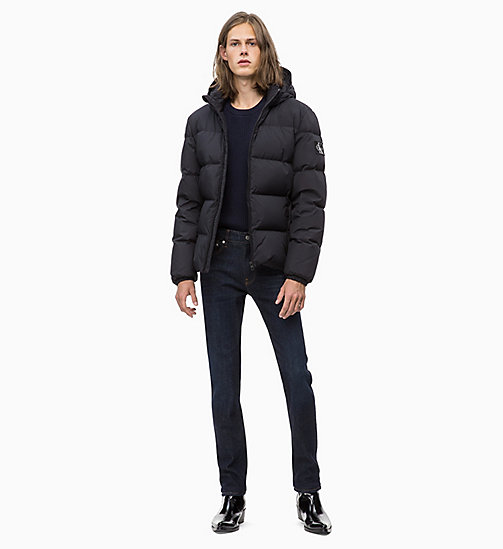 CALVIN KLEIN JEANS Daunenjacke mit Kapuze - CK BLACK - CALVIN KLEIN JEANS IN THE THICK OF IT FOR HIM - main image 1