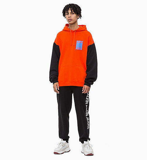 CALVIN KLEIN JEANS Oversized Two-Tone Hoodie - PUMPKIN RED - CALVIN KLEIN JEANS BOLD GRAPHICS - detail image 1