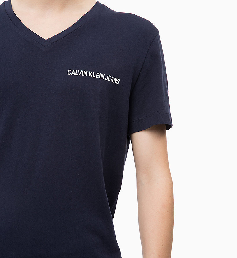 CALVIN KLEIN JEANS Slim V-Neck T-shirt - JUNE BUG - CALVIN KLEIN JEANS MEN - detail image 2