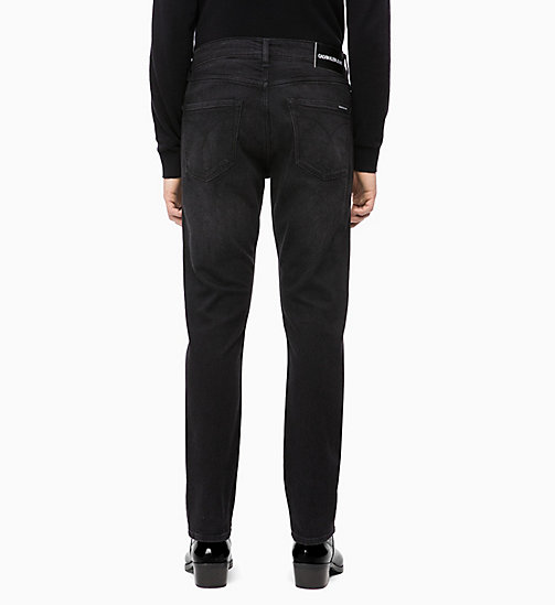CALVIN KLEIN JEANS CKJ 056 Athletic Taper Jeans - COPENHAGEN BLACK - CALVIN KLEIN JEANS IN THE THICK OF IT FOR HIM - dettaglio immagine 1