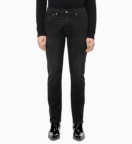 CALVIN KLEIN JEANS CKJ 056 Athletic Tapered Jeans - COPENHAGEN BLACK - CALVIN KLEIN JEANS IN THE THICK OF IT FOR HIM - image principale