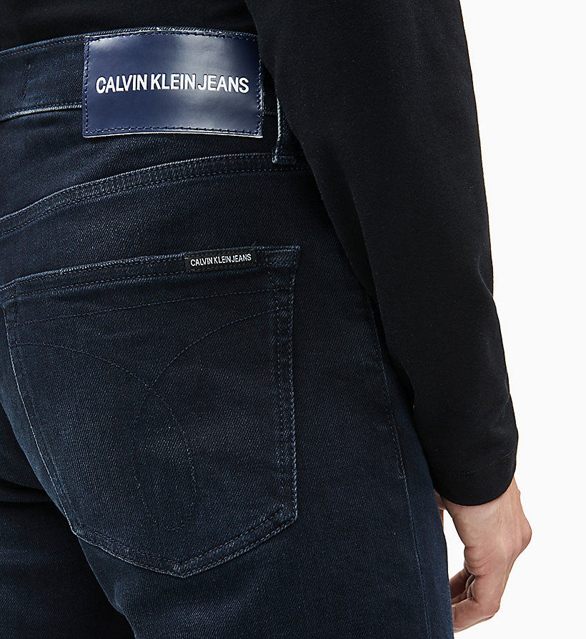 CKJ 035 Straight Jeans CALVIN KLEIN® | J30J3142911BJ