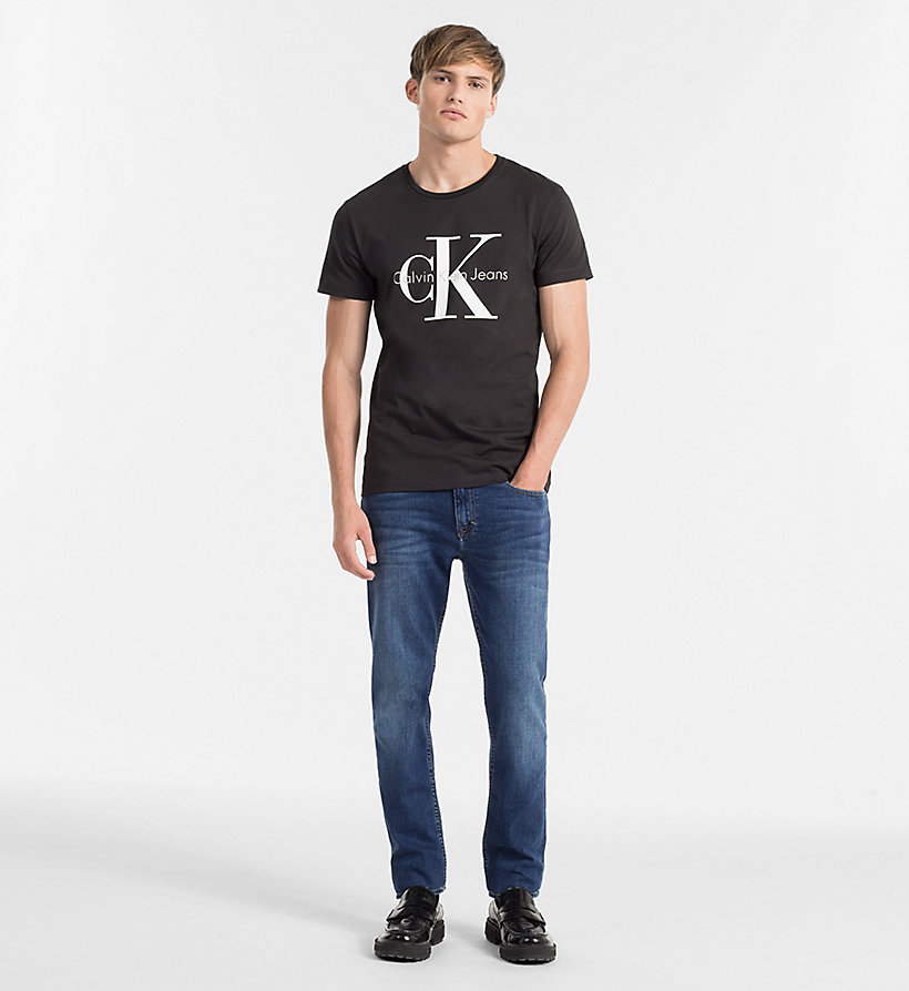 regular t shirt met logo calvin klein j3ij302251025. Black Bedroom Furniture Sets. Home Design Ideas