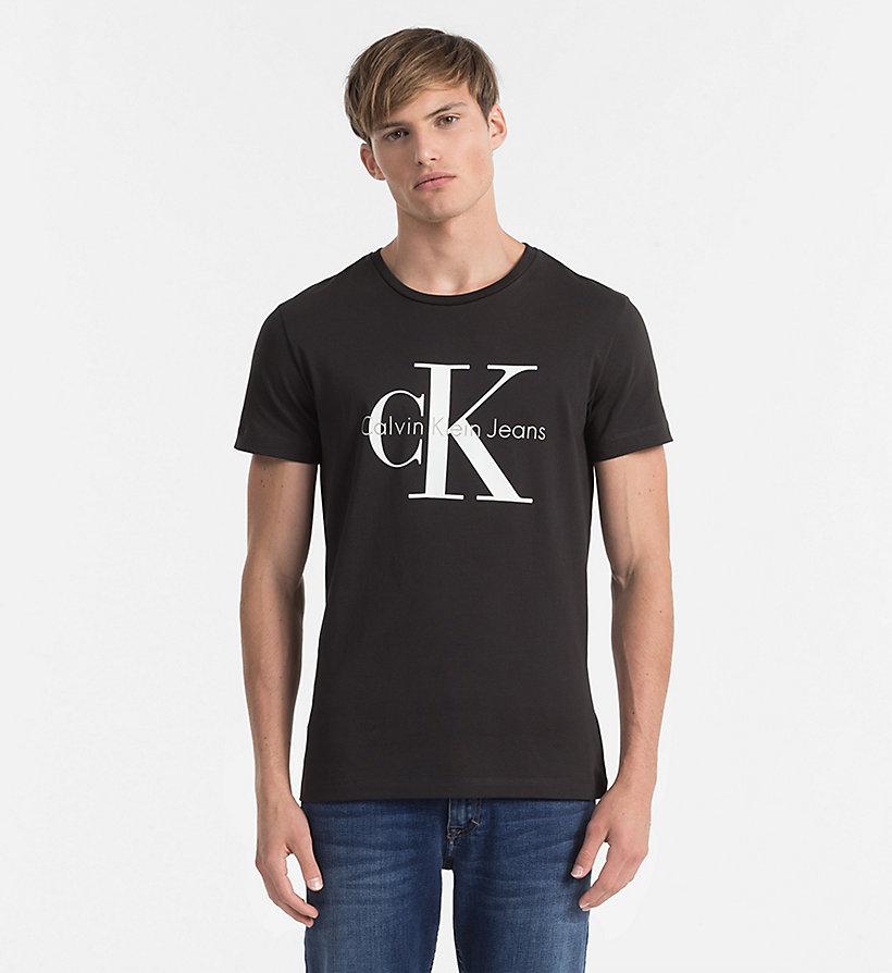 regular logo t shirt calvin klein j3ij302251025. Black Bedroom Furniture Sets. Home Design Ideas