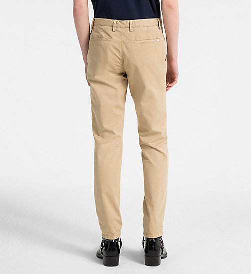CALVINKLEIN Fitted Chino Trousers - CORNSTALK - CALVIN KLEIN CLOTHES - detail image 1