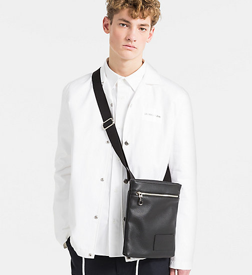 CALVIN KLEIN JEANS Flache Crossover-Bag - BLACK - CALVIN KLEIN JEANS NEW IN - main image 1