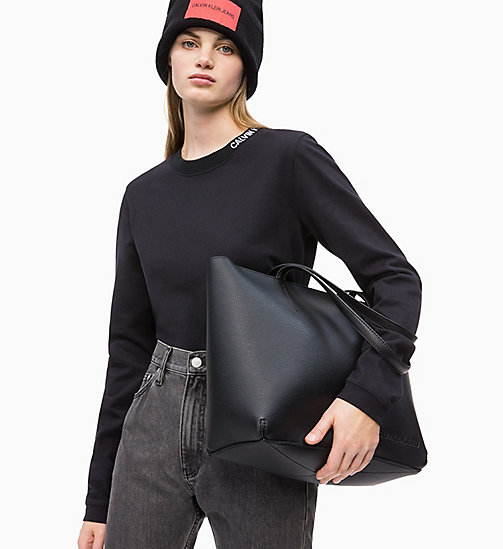 Calvin Klein Jeans Zipper Tote Bag Black Bags Detail