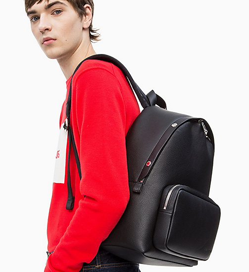 Мужские сумки   CALVIN KLEIN® РОССИЯ d305bb3b9dc