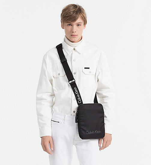 CALVINKLEIN Flache Crossover-Bag - BLACK - CALVIN KLEIN MUST-HAVE NEWCOMER - main image 1