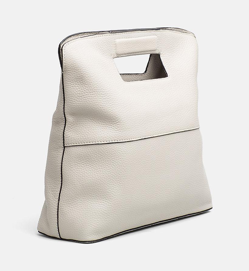 gro e tote bag aus leder calvin klein k60k603864. Black Bedroom Furniture Sets. Home Design Ideas