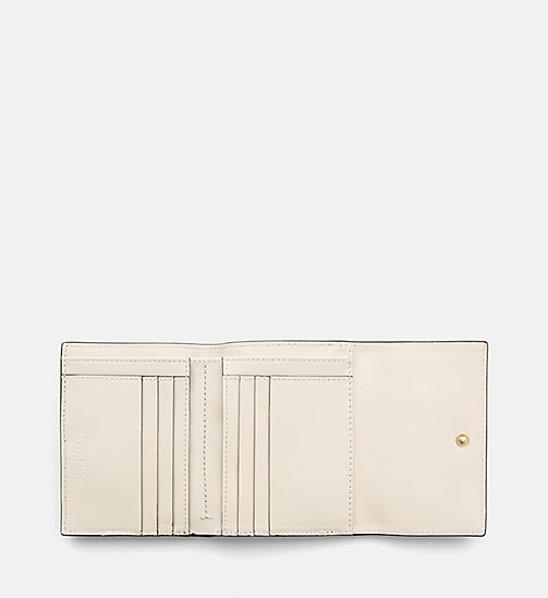 CALVINKLEIN Leather Trifold Wallet - CEMENT / SCARLET - CALVIN KLEIN GIFTS - detail image 1